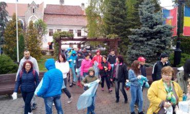 Foto: Campanie de ecologizare la Sebeș. 70 de tone de deșeuri colectate, 600 de voluntari implicați