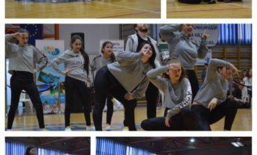 """FOTO-VIDEO: """"Bucuria Dansului"""" la Alba Iulia. 630 de copii s-au înscris în competiție"""