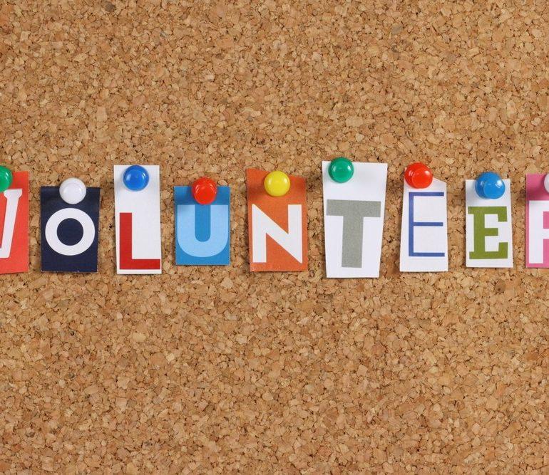 """Joi: """"Da pentru voluntariat!"""", un proiect inițiat de Biblioteca Județeană ,,Lucian Blaga"""" Alba"""
