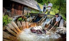 FOTO: Cercetare și expoziție etnografică privind instalațiile hidraulice tradiționale de pe Valea Sebeșului