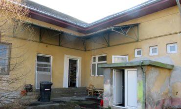 FOTO: Fonduri Regio pentru două grădinițe din Cugir. Micuții cugireni vor avea condiții mult mai bune pentru educație
