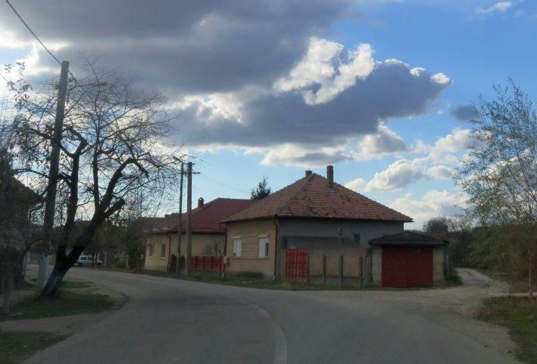 FOTO: În Ocna Mureș, două blocuri și 18 străzi vor fi modernizate cu fonduri nerambursabile