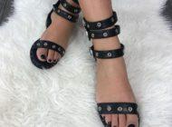Sandalele de gladiator: Cum să obții un look excepțional atunci când ești la un buget restrâns