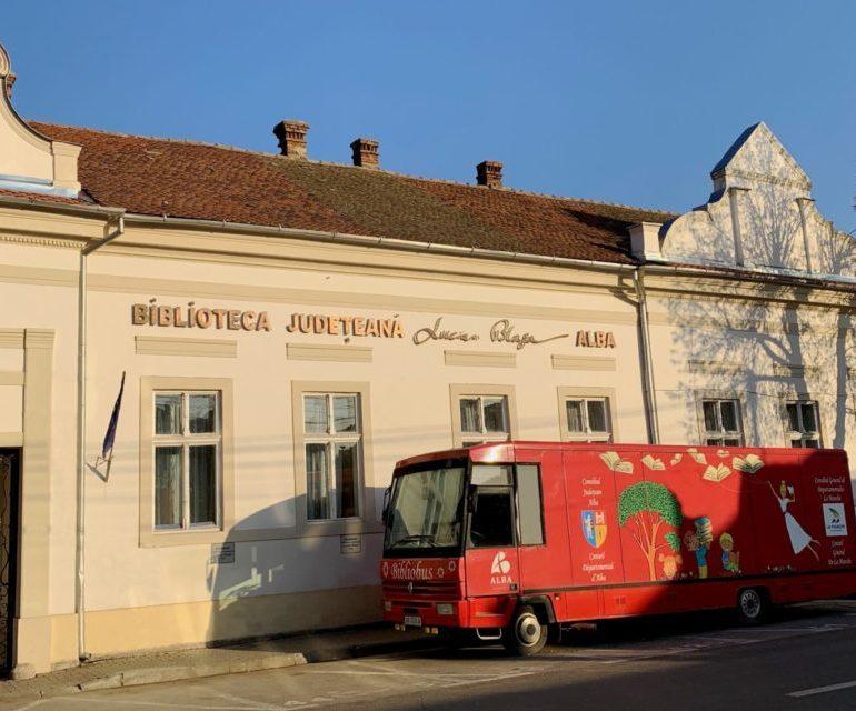 """Biblioteca Județeană """"Lucian Blaga"""" Alba redeschide serviciile de împrumut carte"""