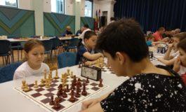 FOTO: Patru medalii pentru juniorii de la CSM Unirea Alba Iulia în turneul international de şah de la Gyula