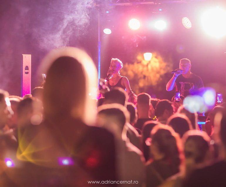 FOTO: DJ Project & Giulia i-au făcut pe albaiulieni să prindă răsăritul soarelui pe Terasa Mira Summer