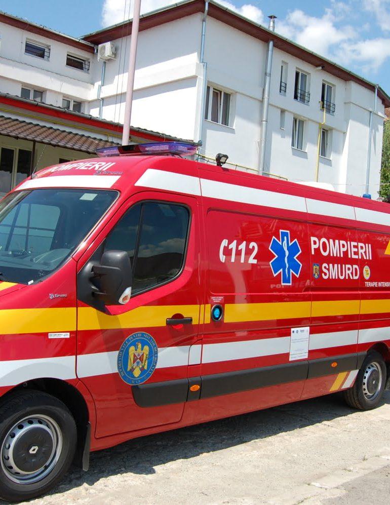 FOTO: ISU Alba are în dotare  două noi ambulanţe SMURD de terapie intensivă – tip C