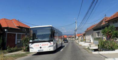 FOTO: Modernizarea și eficientizarea transportului public urban, pe mai mult de 14 km străzi, cu șase noi autobuze hibride, 41 de noi stații și 70 de biciclete pentru bike-sharing, la Cugir