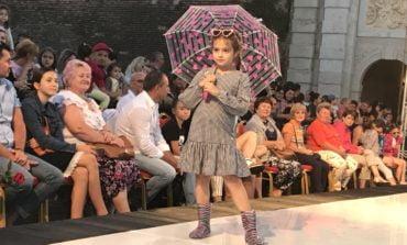 FOTO: O seară plină de frumusețe și bună dispoziție cu elevii Școlii de Modeling Cleopatra Popescu, la Carolina Fashion Kids