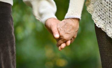 Bătrânețea îți face probleme? Iată câteva greșeli pe care le faci
