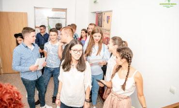 """Cea de-a XIX-a ediție a Festivalului Național de Folclor """"Strugurele de Aur"""" și-a desemnat tinerii interpreți admiși în concurs"""