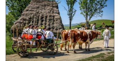 Târgul de Fete de pe Muntele Găina – cea mai cunoscută sărbătoare populară a românilor păstrată de sute de ani în județul Alba