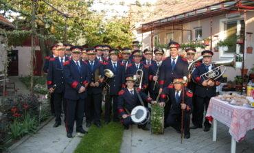 Duminică: Fanfara Petrești susține două concerte în aer liber, la Sebeș și la Petrești
