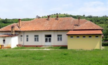 FOTO: Fondurile europene Regio asigură modernizarea școlilor gimnaziale din comuna Stremț