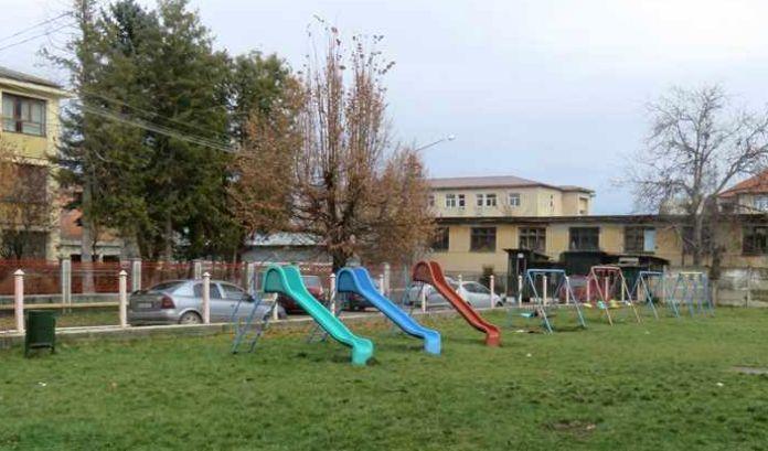 FOTO: Fonduri REGIO pentru reabilitarea Grădiniței Singidava din Cugir