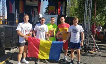 """FOTO: Mihai Avram de la ISU Alba, locul II în Europa, la concursul """"Cel mai puternic pompier"""""""