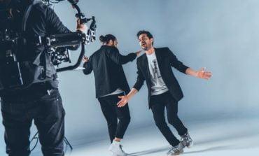 """A fost lansat hit-ul: """"Ai Grijă de Femeia Ta"""", noul hit al celor mai îndrăgiți jurați: Marius Moga & Smiley"""