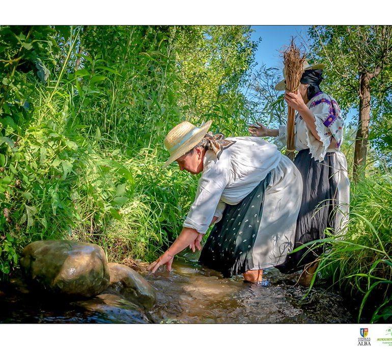 """FOTO: DRUMUL CÂNEPII este titlul unui nou studiu etnografic realizat de Centrul de Cultură """"Augustin Bena"""" Alba"""