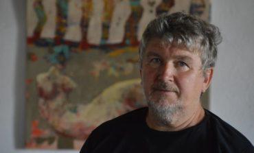 """Un cavaler al artelor plastice la Castelul Corvinilor: Expoziţia de artă Lojze Kalinšek (Slovenia) - """"Anatomia Mitologiei"""""""