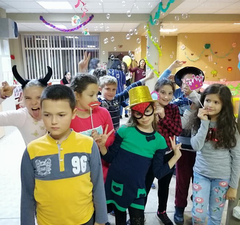 La spațiul de joacă Apulum Kids, vara continuă, iar din 9 septembrie programul didactic continuă cu After School