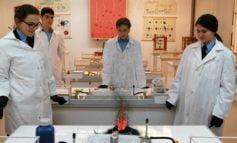 FOTO: Experimente inedite la chimie, puse în practică de elevii militari