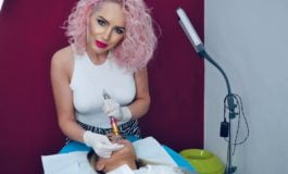 FOTO-VIDEO: Tehnica Hyaluron Pen alături de Alexandra Avrămuț. Buze voluptoase fără injectarea cu ac