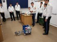 FOTO: Demonstraţie de robotică la sărbătoarea Centenarului colegiului militar