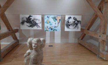 """FOTO: Expoziția """"Imaginile identității"""", la Galeria de Artă a Muzeului Bucovinei din Suceava"""