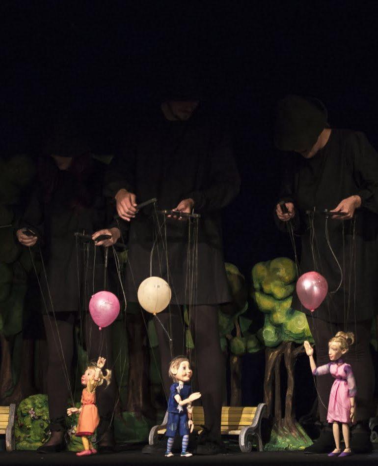 """Duminică: Teatrul de Păpuși """"Prichindel"""" este slecționat în Festivalul Tânăr de la Sibiu"""