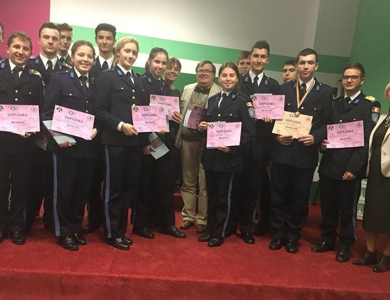 """Premii şi menţiuni pentru elevii militari la Concursul Interjudeţean de Matematică """"Mens Sana…"""""""