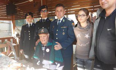 FOTO: Veteranul de război colonel (r) Emil Drăgan a fost sărbătorit la împlinirea vârstei de 99 de ani