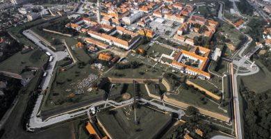 Hotărârea nr. 2 din 31 martie privind unele măsuri pentru gestionarea infecțiilor cu virusul SARS-Cov-2, pe teritoriul municipiului Alba Iulia