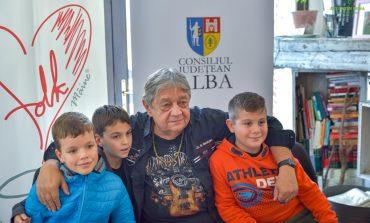 """Festivalul Național de Muzică Folk """"Ziua de Mâine"""": Mircea Vintilă - invitat la """"Cafeaua cu folk"""""""
