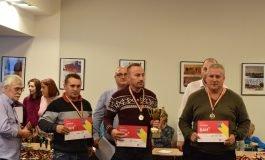 FOTO: Alexei Fedorov (Belarus), Bohdan Lozynskyi (Ucraina) şi Claudiu Roşca (Târgu Jiu) sunt câştigătorii celor trei secţiuni ale Openului Internaţional al României