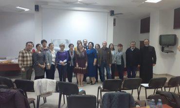 """""""Educație pentru Viață, Iubire și Familie"""", proiect educativ inițiat de 25 de cadre didactice din județul Alba"""