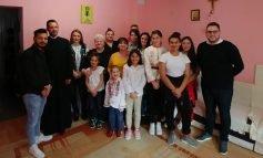 """""""Aripi pentru viață"""" la Așezământul """"Sf. Vasile cel Mare"""" din Alba Iulia"""