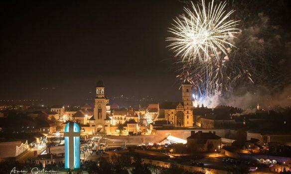 Spectacol deosebit de artificii, de 1 Decembrie la Alba Iulia. Poveste spusă cu dragoste de țară