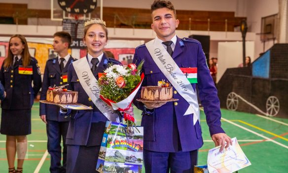 Bianca Ilieș și David Hulea, Miss și Mister Boboc 2019 la Colegiul Miitar din Alba Iulia