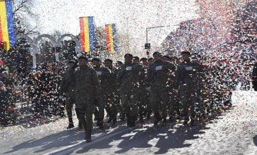 Parada militară de 1 Decembrie de la Alba Iulia, în imagini