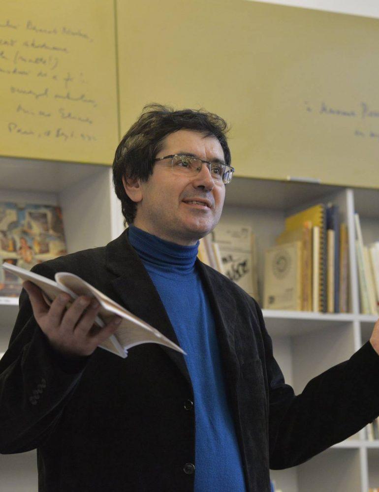 """Marți: """"De ce am rescris Țiganiada și alte """"ciudățenii"""" culturale"""", conferință susținută de teologul Cristian Bădiliță la Sebeș"""