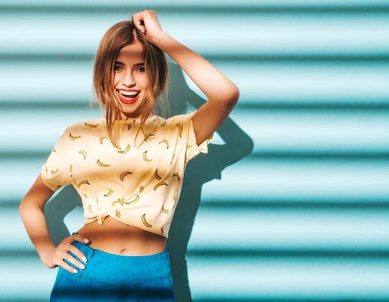 Un studio de videochat din Bucuresti le ofera modelelor online credite fara dobanda!