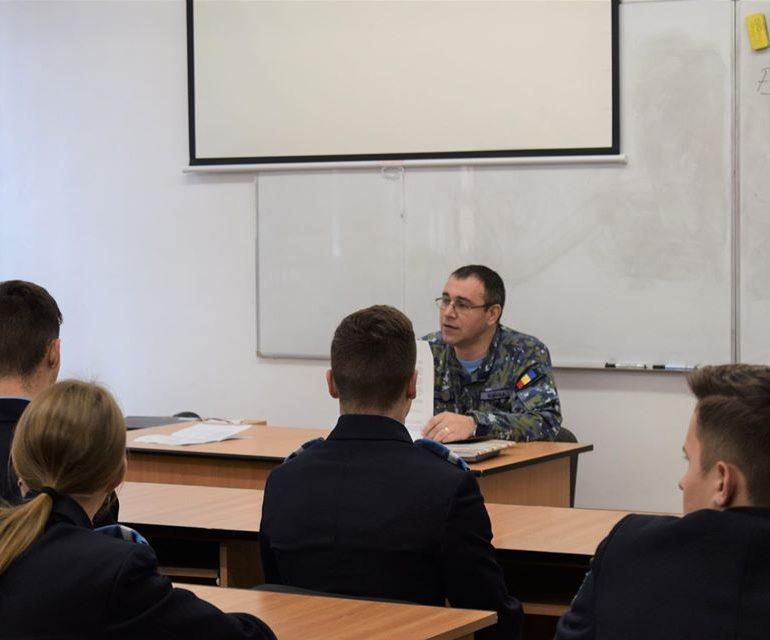 """Convocarea metodică a noilor elevi gradaţi, la Colegiul Național Militar """"Mihai Viteazul"""" Alba Iulia"""