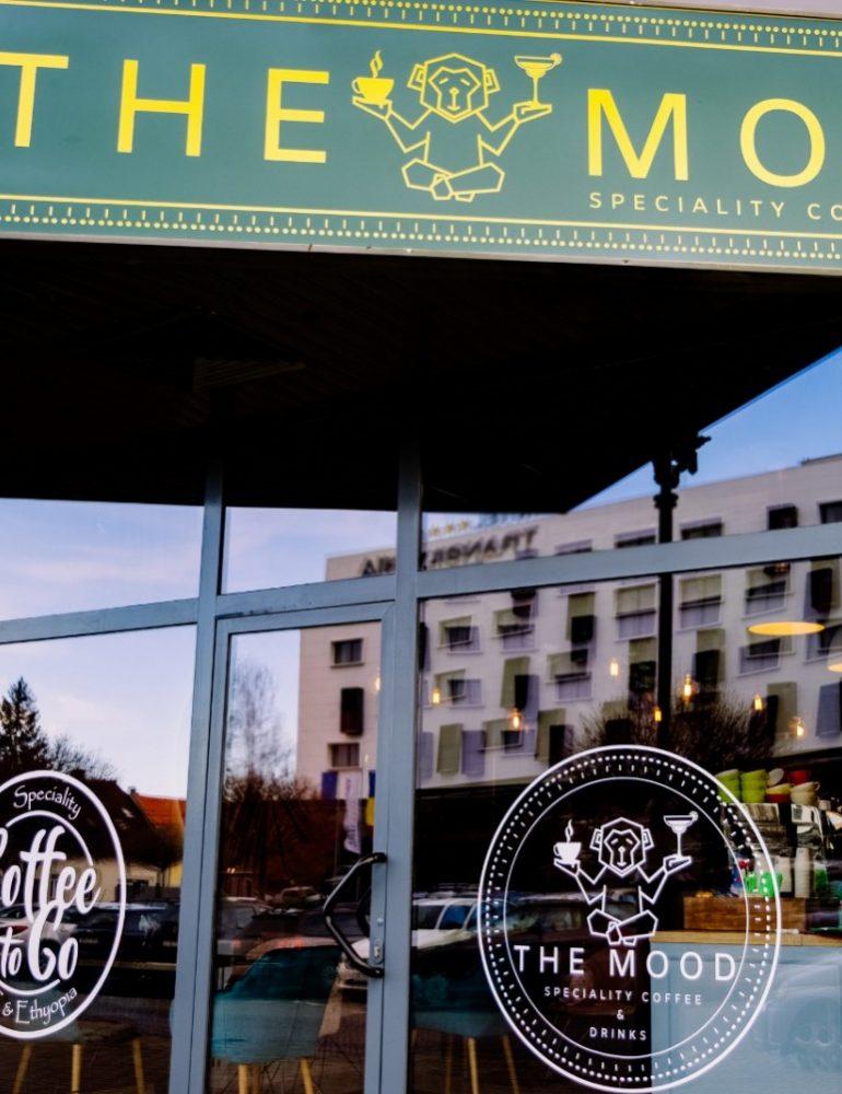 Un nou local în Alba Iulia: The Mood, o oază urbană cu cafea de specialitate și cocktail-uri ingenioase