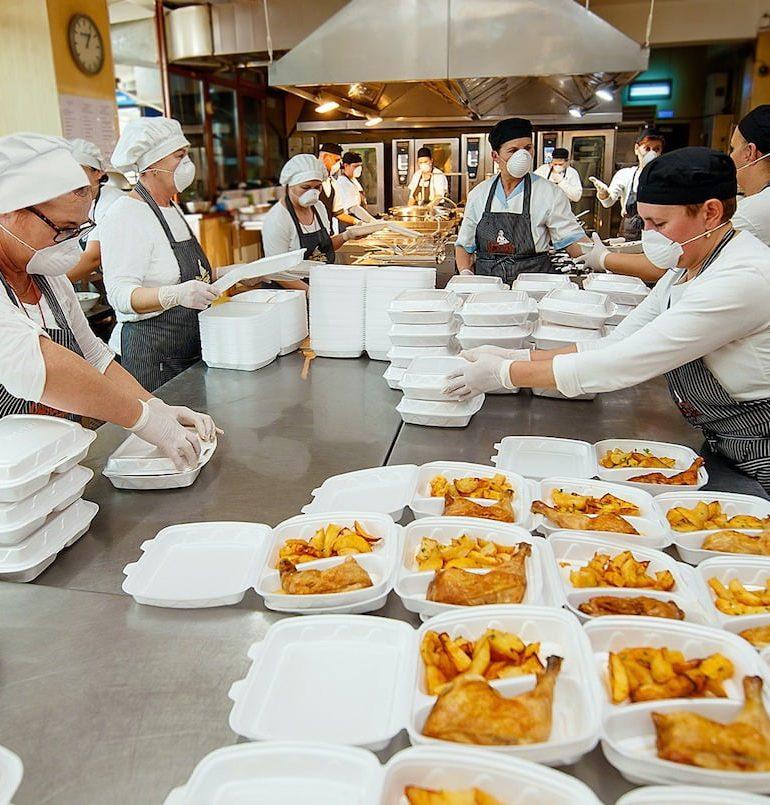 """NOU ÎN ALBA IULIA: Produse gătite și ambalate Sous-Vide marca """"De la Georgia"""""""