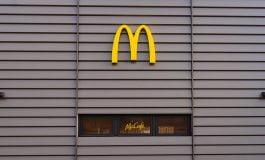 McDonald's le oferă clienților produsele preferate la pachet
