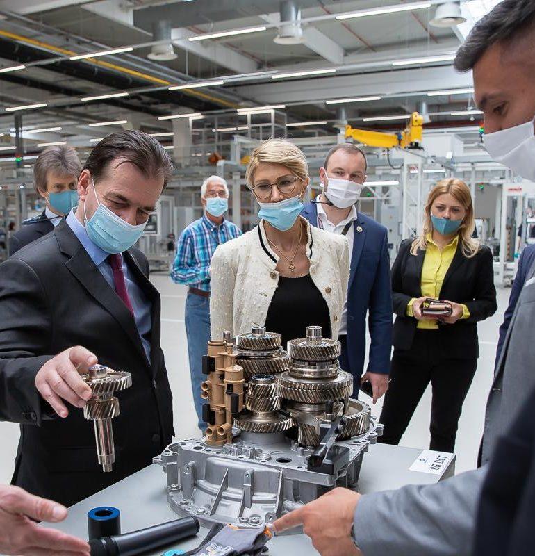 Premierul Orban, în vizită la unitatea de producție Star Assembly
