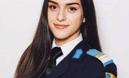 Mălina Avrămuț de la Colegiul militar din Alba Iulia, absolventa de 10 a examenului de bacalaureat
