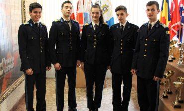10 premii obținute de elevii militari la faza județeană a olimpiadelor la limbile franceză, spaniolă și italiană
