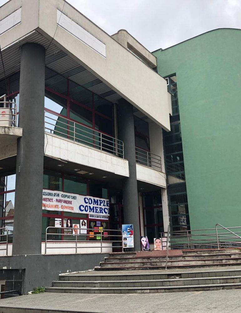 """Comercianții din """"Magazinul Unirea"""" s-au mutat lângă Primăria Municipiului Alba Iulia"""