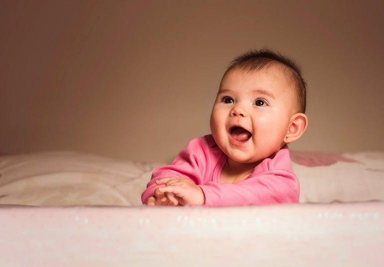 Hainele pentru nou născuți pe care bebelușii le adoră! Adaugă-le și tu în garderoba micuțului tău!